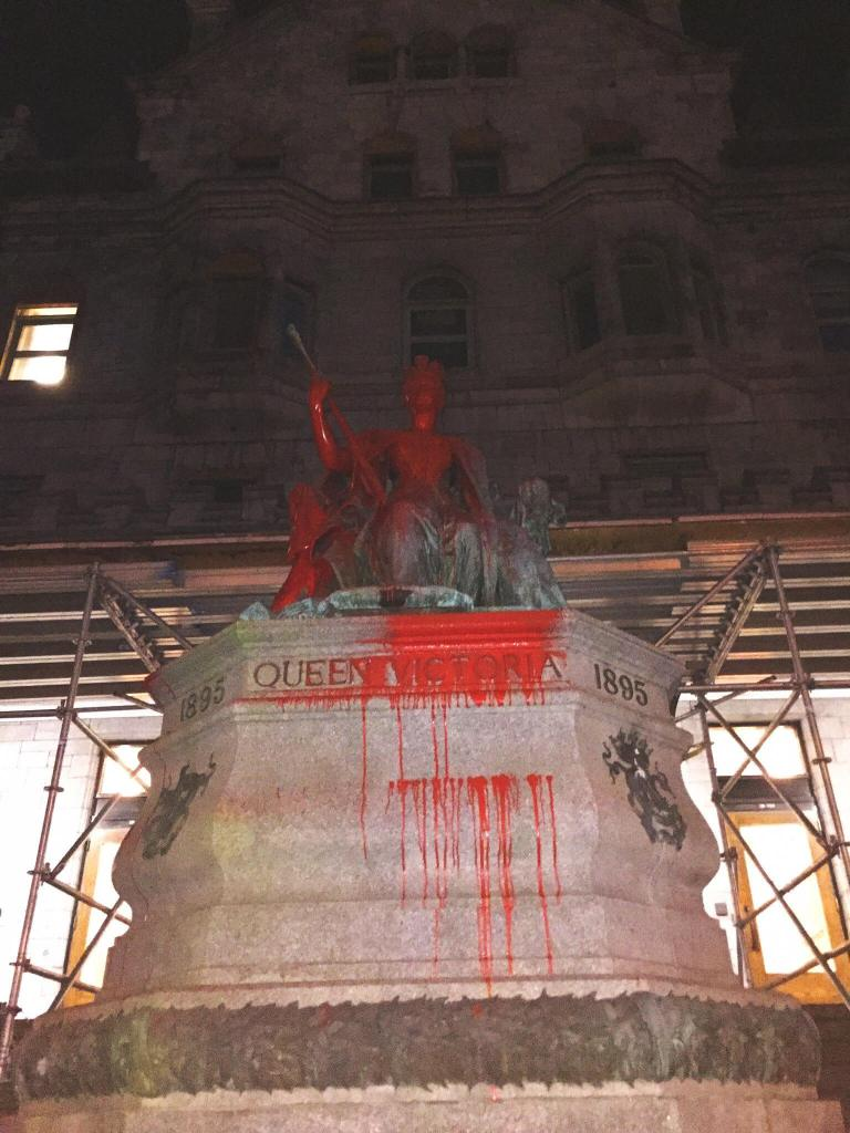 Two Queen Victoria Statues Vandalised in Montreal