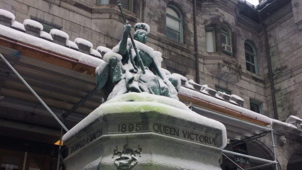 Queen Victoria Statue in Montreal attacked with green paint in advance of Demonstration Against Racism and Xenophobia