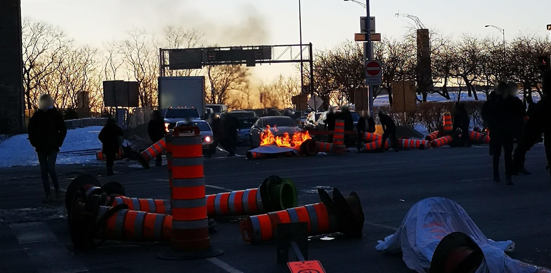 [Video] Autoroute 720 Exit Blocked in Montreal in Support of the Wet'suwet'en