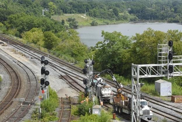 Hamilton: Simultaneous Rail Sabotage at Bottlenecks in Solidarity with Wet'suwet'en Land Defenders