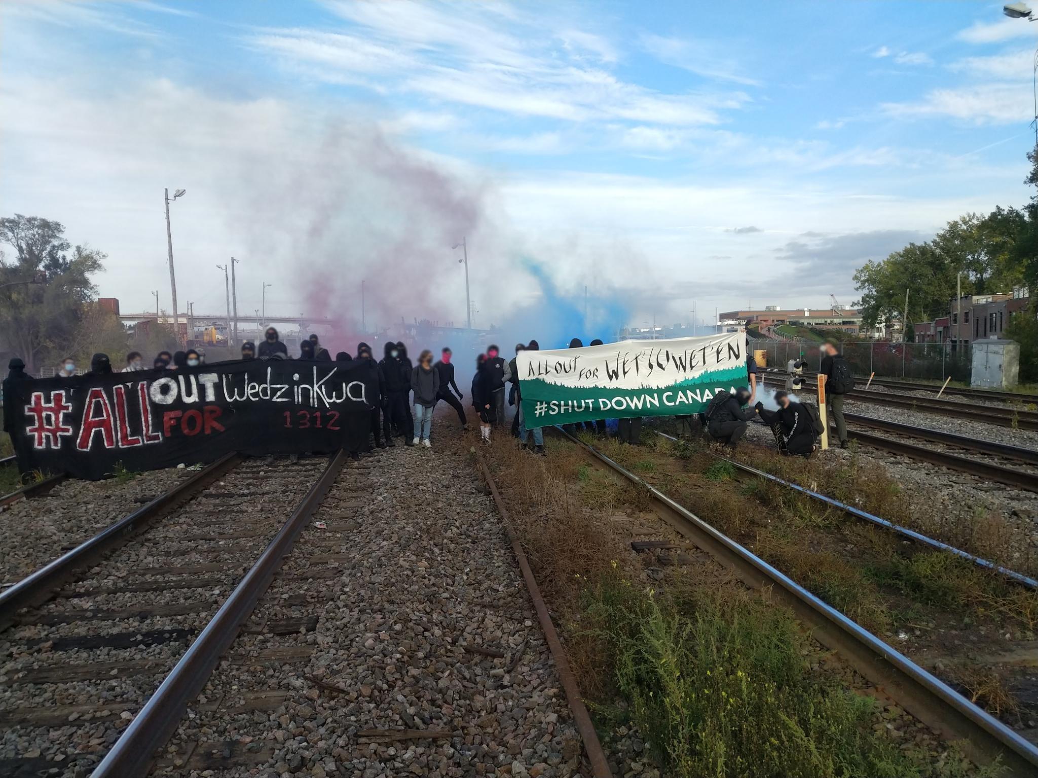Rail Lines Blockaded in Solidarity with Gidimt'en Week of Action